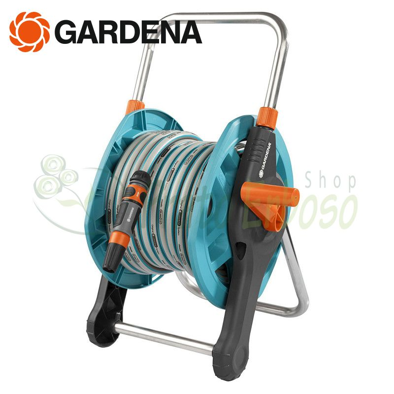 Garden hose + hose reel equipped