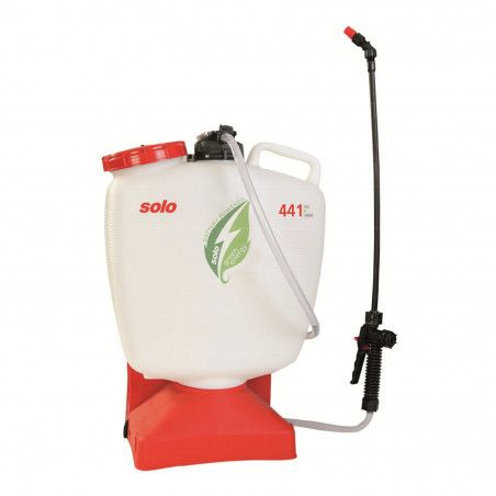 441 - Battery-powered backpack pump